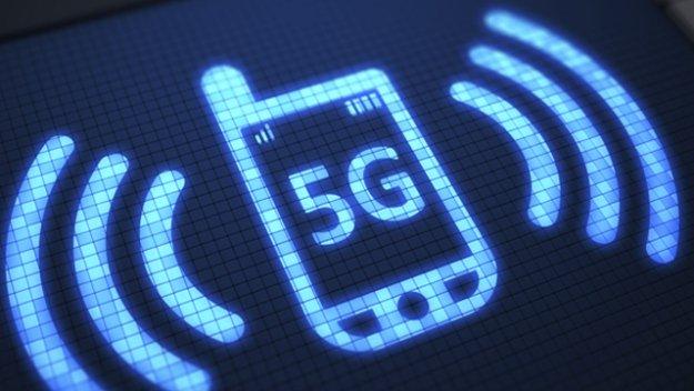 Chính phủ các nước trên thế giới đang thúc đẩy phát triển 5G. Ảnh: AFP.