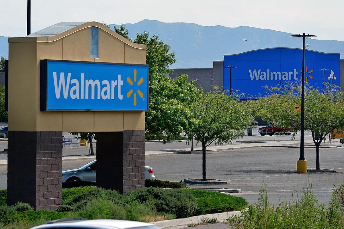 Walmart là công ty Mỹ mới nhất tham gia mua TikTok. Ảnh: Zuma Press.