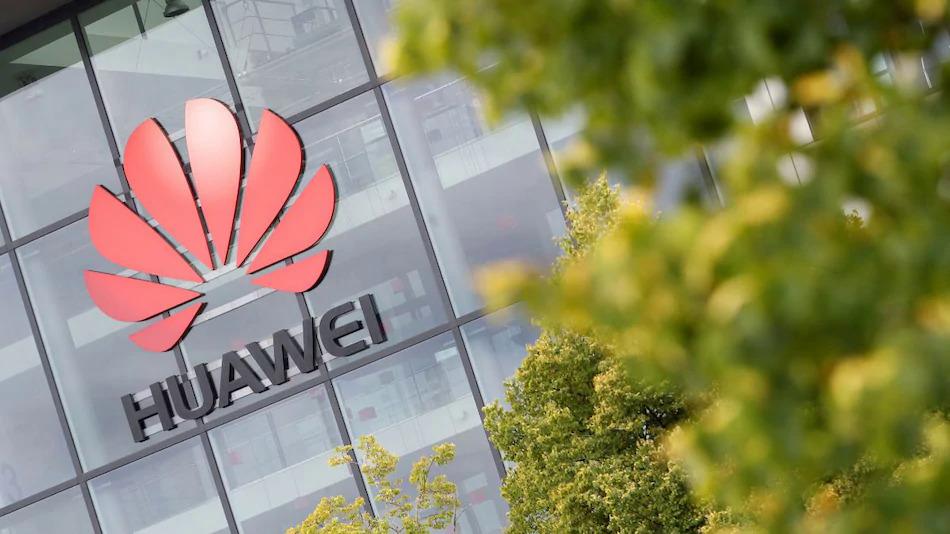 Huawei tiếp tục bị các công ty xa lánh do lệnh cấm của Mỹ. Ảnh: NDTV.
