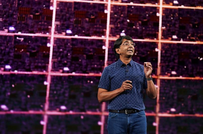 Sri Santhanam giải thích thiết kế của chip A13 Bionic trên iPhone 11. Ảnh: Apple.
