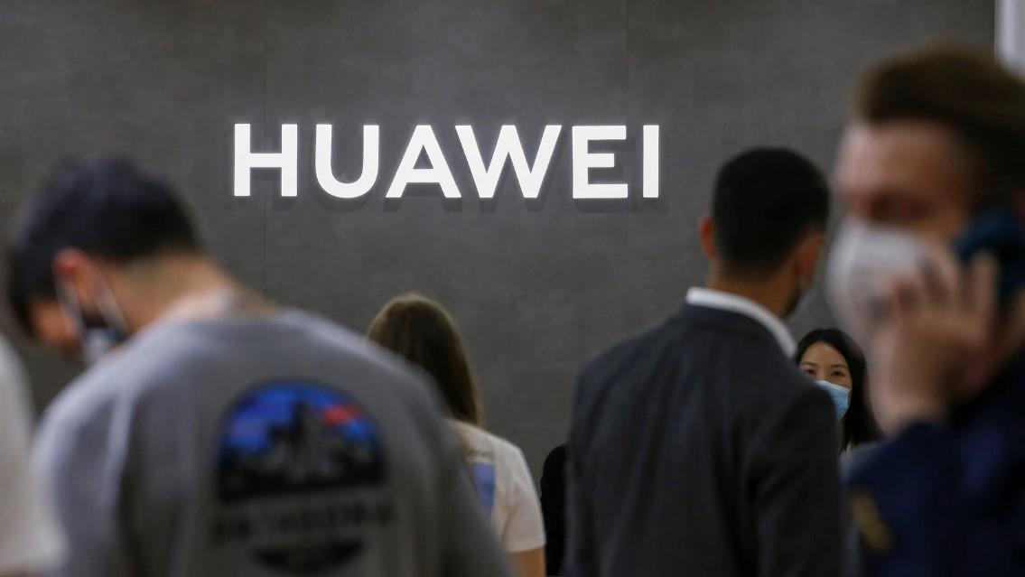 Logo Huawei tại hội chợ công nghệ tiêu dùng IFA, Đức. (Nguồn ảnh: Reuters)