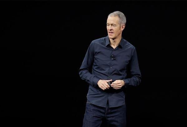Jeff Williams nằm trong kế hoạch của Apple để thay thế CEO Tim Cook. Ảnh: AP.
