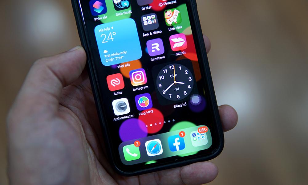 Widget là một trong những cải tiến trên iOS 14. Ảnh: Lưu Quý