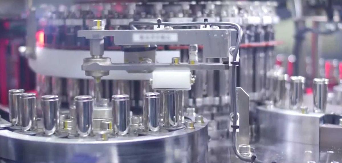 Mẫu pin 4680 mới đang được Tesla nghiên cứu và sản xuất thử nghiệm. Ảnh: Tesla.