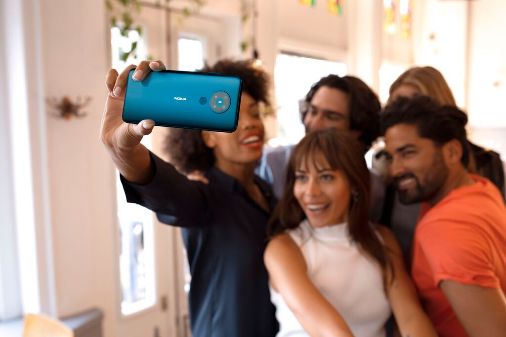 Camera trên Nokia ghi lại những khoảnh khắc cuộc sống.