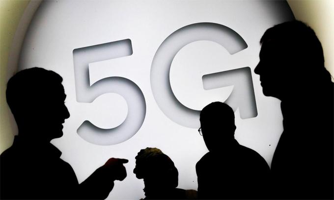 Mỹ đang còn sử dụng ảnh hưởng toàn cầu của mình để thuyết phục các quốc gia khác cùng cấm Huawei