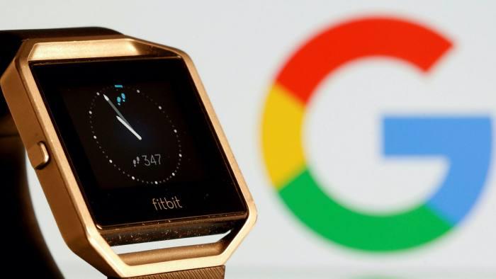Việc mua lại Fibit của Google đang bị chính phủ nhiều quốc gia để ý vì có thể liên quan đến chống độc quyền trong lĩnh vực công nghệ. Ảnh: Reuters.