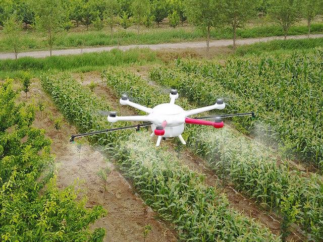 Ứng dụng drone trong nông nghiệp đạt giải cao nhất tại cuộc thi về giải pháp chuyển đổi số quốc gia 2020. Ảnh: Mismart