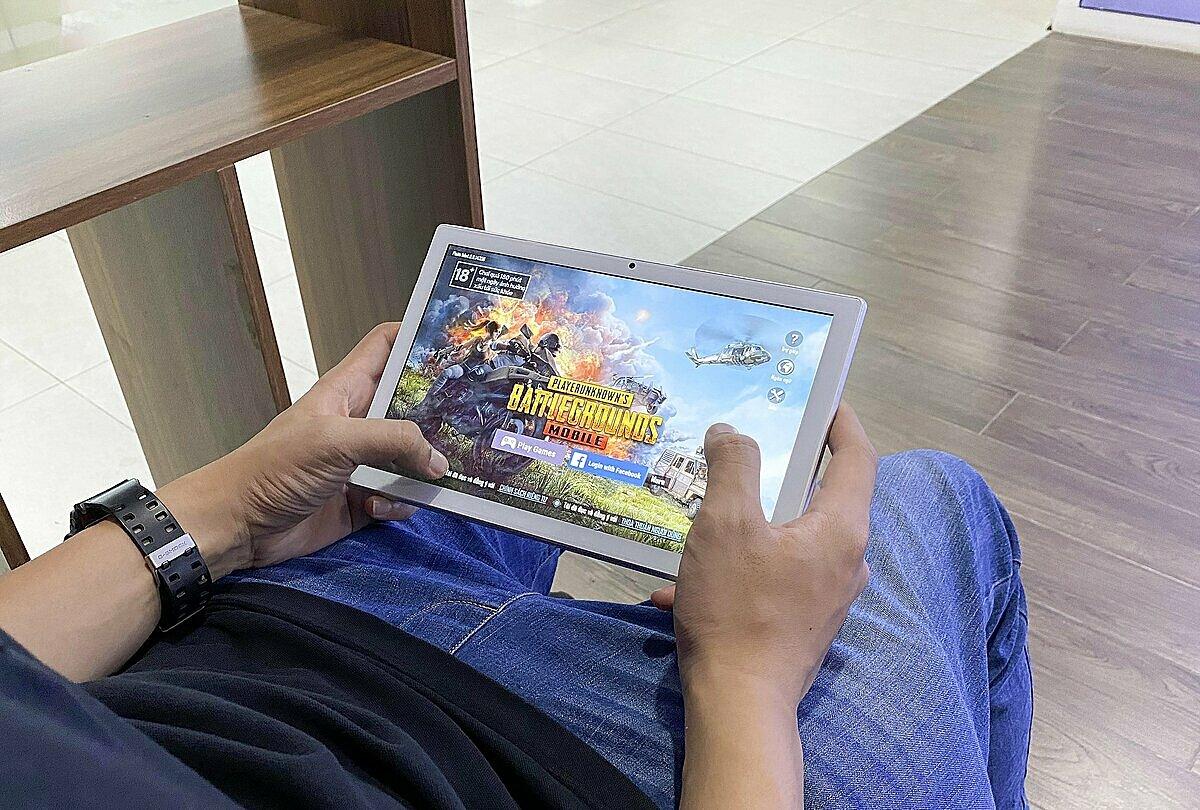 Chipset lõi 8 với tốc độ 1.6 GHz cho phép trải nghiệm các tựa game đang được nhiều người chơi hiện nay. Ảnh: Việt Masstel.