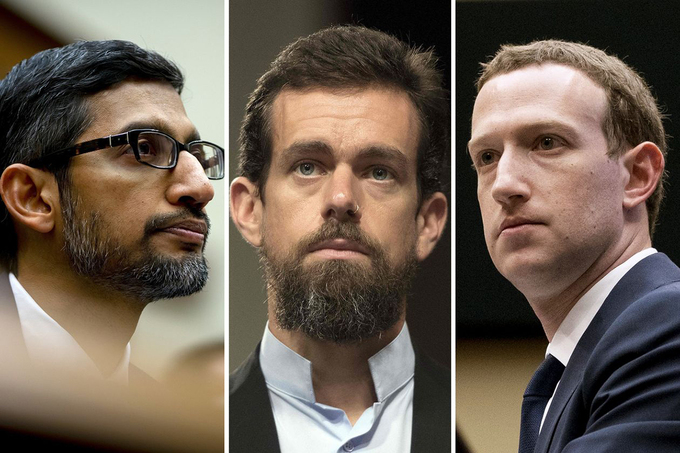 CEO Alphabet Sundar Pichai (trái), CEO Twitter Jack Dorsey (giữa) và CEO Facebook Mark Zuckerberg (phải). Ảnh: Reuters.