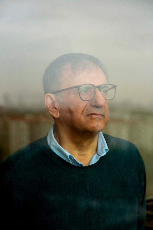 Erdal Arıkan đã dành 20 năm để tìm ra mã cực, giải pháp cho vấn đề truyền dữ liệu. Ảnh: Wired.