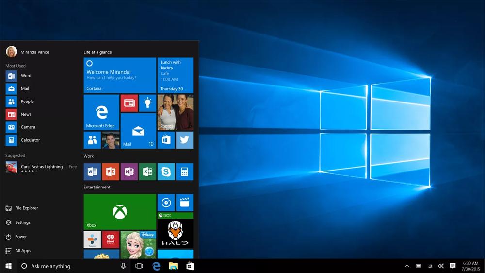 Windows 10 (2015) đã quay về với menu Start quen thuộc. Thêm vào đó, nó sở hữu một số tính năng mới như Cortana, Microsoft Edge và Xbox One cho phép kết nối và phát trực tuyến trên PC. Phiên bản lần này được thiết kế một cách tỉ mỉ, chu đáo và phù hợp cho máy tính bảng và máy tính xách tay hybrid. Ngoài ra, Microsoft cũng biến Windows thành một sản phẩm dịch vụ, qua đó người dùng có thể cập nhật thường xuyên.