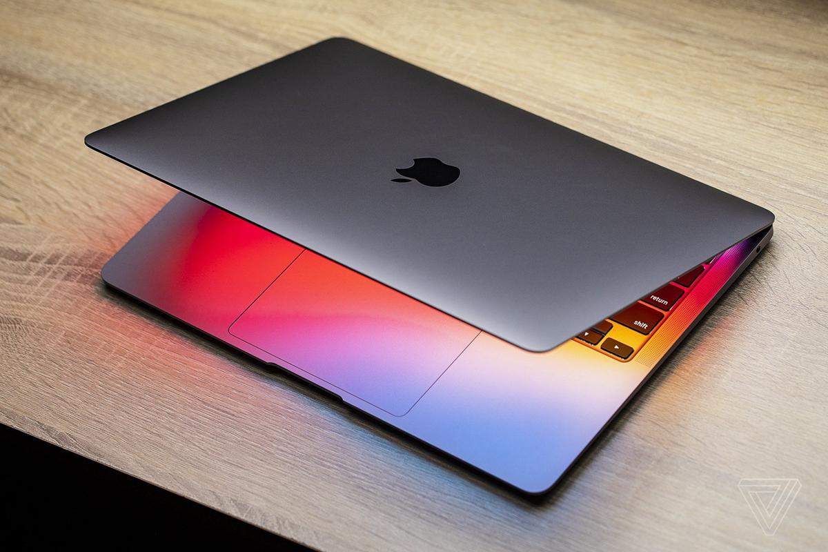Apple vừa chuyển sang dùng M1 cây nhà lá vườn thay cho chip Intel.