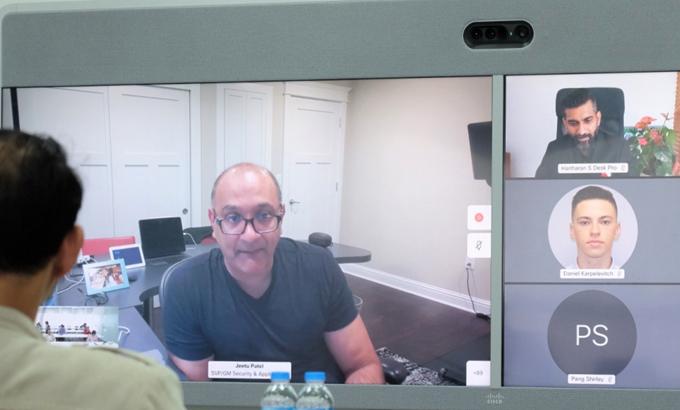 Jeetu Patel, Phó chủ tịch của Cisco, trong cuộc họp trực tuyến ngày 9/12.