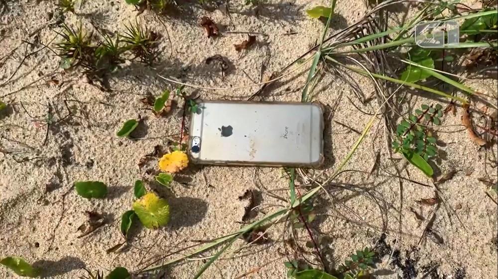 Chiếc iPhone 6S vẫn nguyên vẹn sau khi rơi từ độ cao 300 mét.