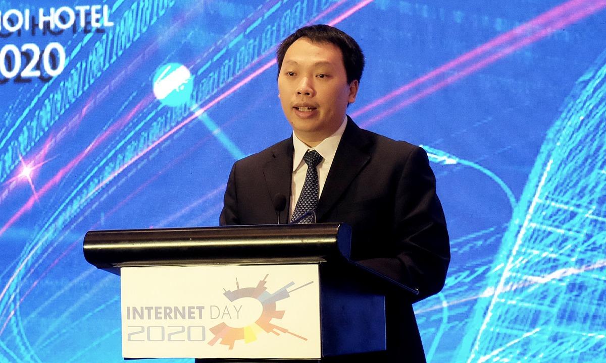 Thứ trưởng Bộ Thông tin và Truyền thông Nguyễn Huy Dũng phát biểu tại Ngày Internet Việt Nam 2020.