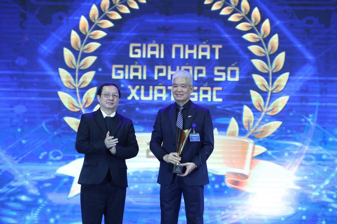 OneATS nhận giải nhất Giải pháp số xuất sắc.