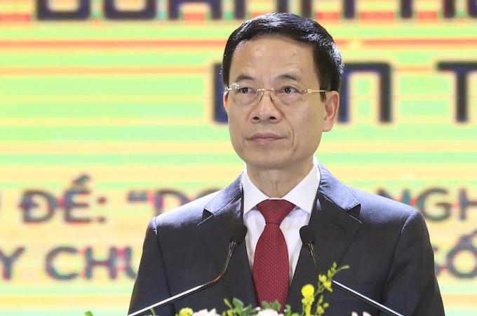 Bộ trưởng Thông tin và Truyền thông Nguyễn Mạnh Hùng.