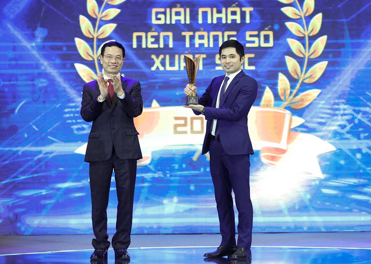 FPT nhận giải Nhất ở hạng mục sản phẩm số xuất sắc cho giải pháp akaBot