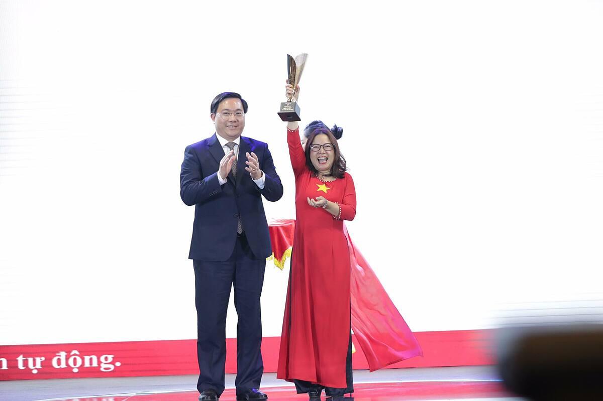 AI Smart Warning của Công ty CP công nghệ HMD Việt Nam và Công ty TNHH công nghệ Asilla Việt Nam đạt giải nhất hạng mục sản phẩm số tiềm năng.