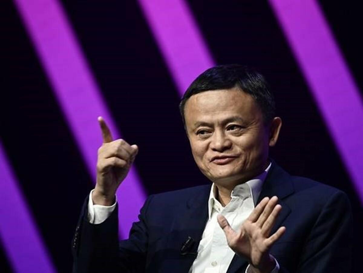 Tỷ phú Trung Quốc Jack Ma là một trong những người đầu tiên quyên góp cho cuộc khủng hoảng COVID-19. Ảnh: AFP.