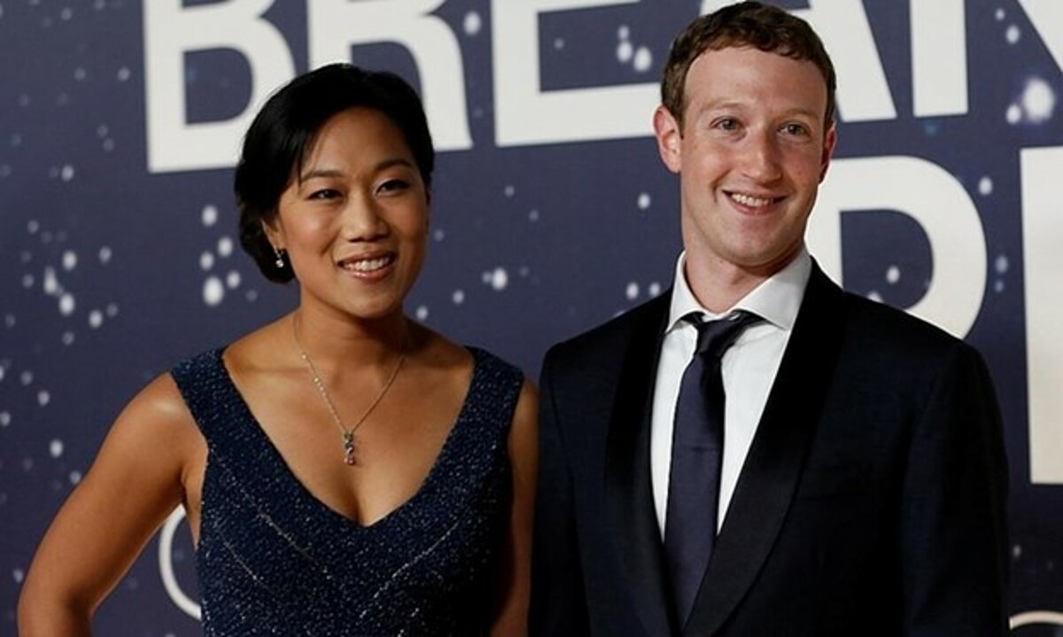 CEO Facebook Mark Zuckerberg và vợ Priscilla Chan. Ảnh: Reuters.