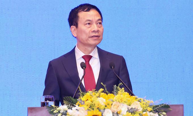 Bộ trưởng Thông tin và Truyền thông Nguyễn Mạnh Hùng. Ảnh: Giang Huy