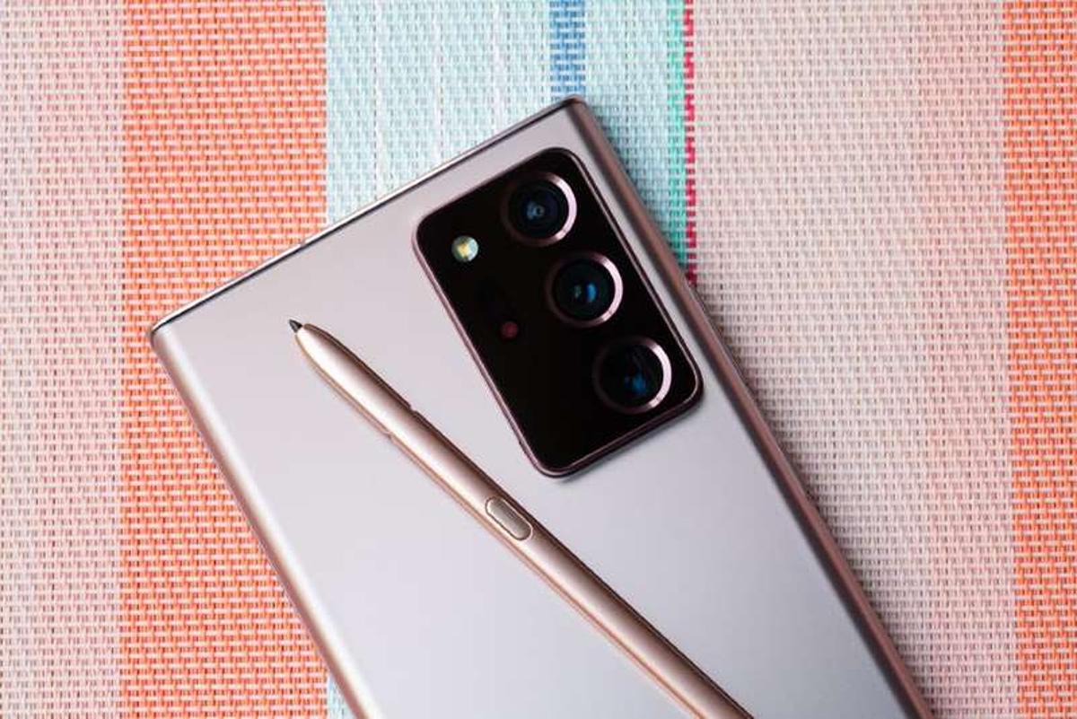 Samsung có thể loại bỏ dòng Note khi mở rộng các sản phẩm gập vào năm 2021. Ảnh: CNET