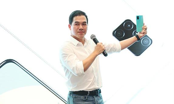 Ông Nguyễn Quang Hiền Huy, Giám đốc điều hành Ngành hàng Thiết bị Di động Samsung Việt Nam.