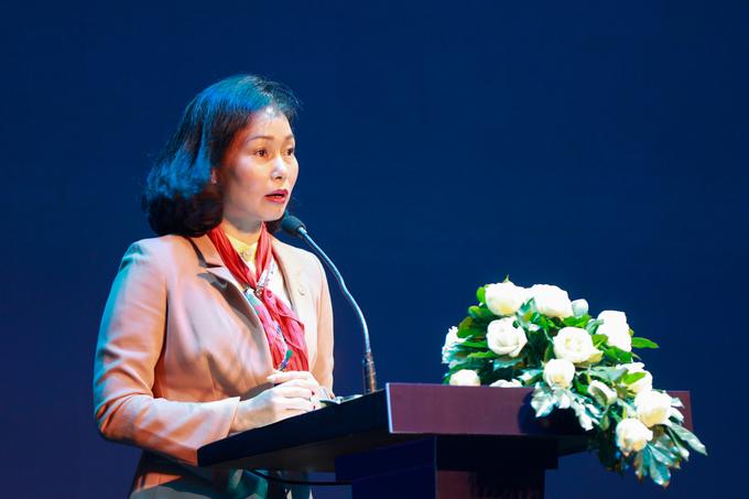 Bà Lê Thị Thu Thủy, Phó Chủ tịch VinGroup phát biểu tại Diễn đàn công nghệ VnExpress.