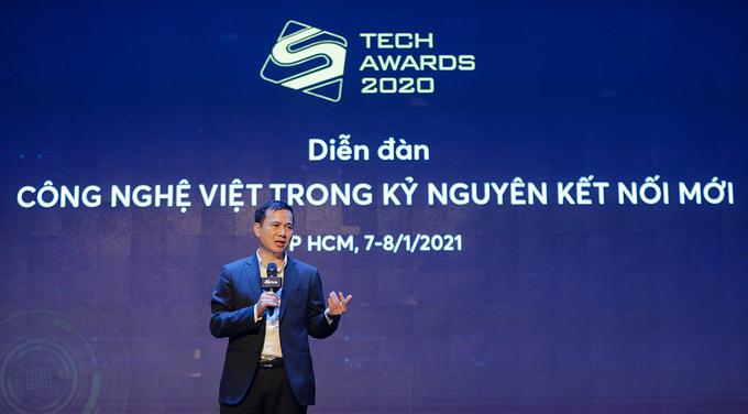 Thứu trưởng Bùi Thế Duy phát biểu trong phiên thảo luận Sức mạnh AI trong kỷ nguyên kết nối mới, sáng 8/1.