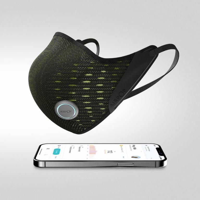 Active+ Smart Mask có kiểu dáng như một khẩu trang vải thông thường như đi kèm hệ thống cảm biến theo dõi các chỉ số không khí.