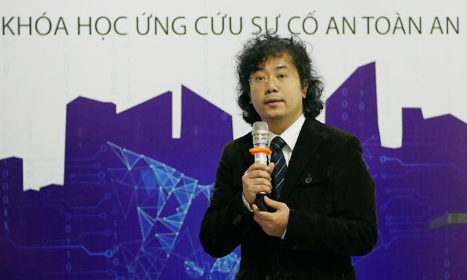 Viện trưởng Công nghệ Thông tin và Truyền thông Tạ Hải Tùng.