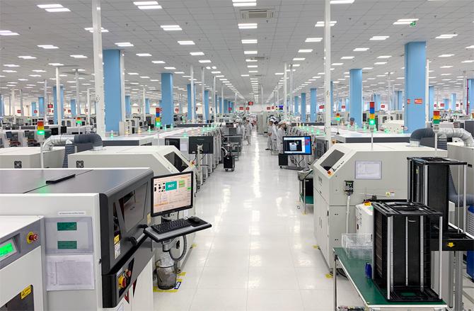 Nhà máy của VinSmart - công ty con thuộc Vingroup. Ảnh: Tuấn Hưng