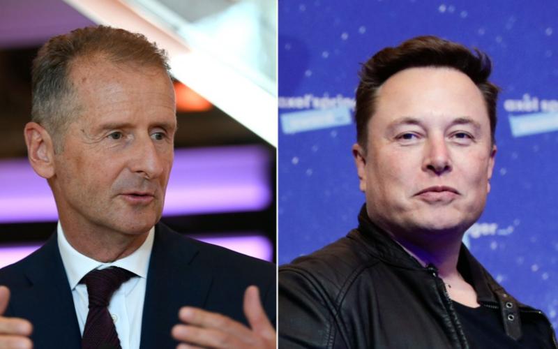 Ông Herbert Diess, CEO Volkswagen (phải) và Elon Musk, CEO Tesla. Ảnh: CNN.
