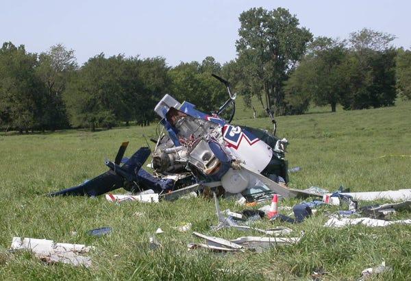 Vụ tai nạn máy bay trực thăng năm 2003 khiến Jeff Bezos suýt mất mạng. Ảnh: NTSB.