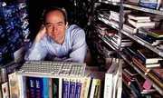 Jeff Bezos - người xây 'đế chế' Amazon 27 năm
