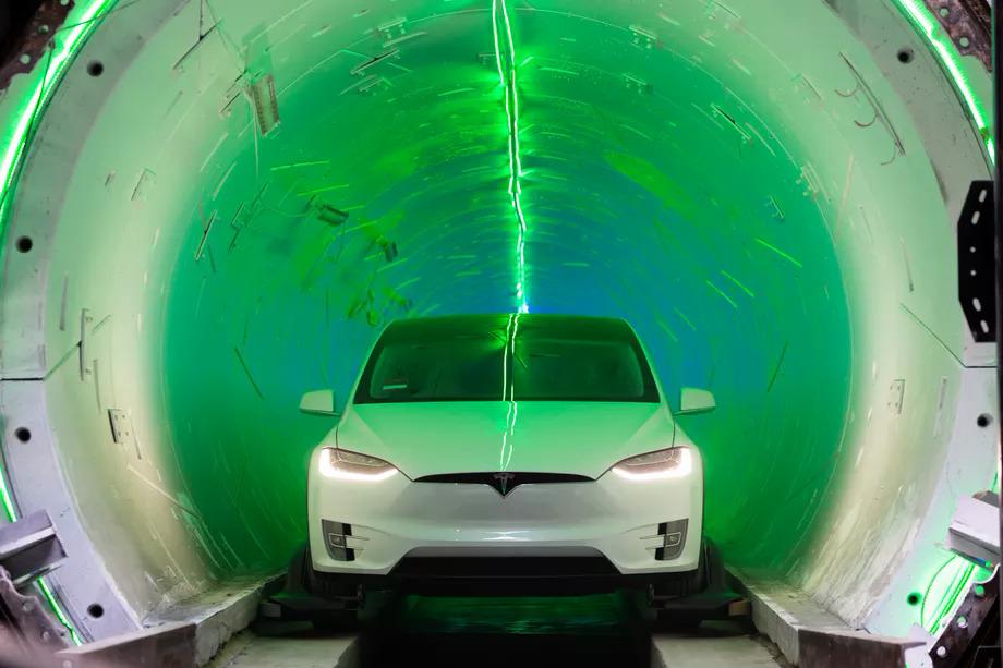 Elon Musk đang có tham vọng đào hầm giá rẻ. Ảnh: Boring Company.