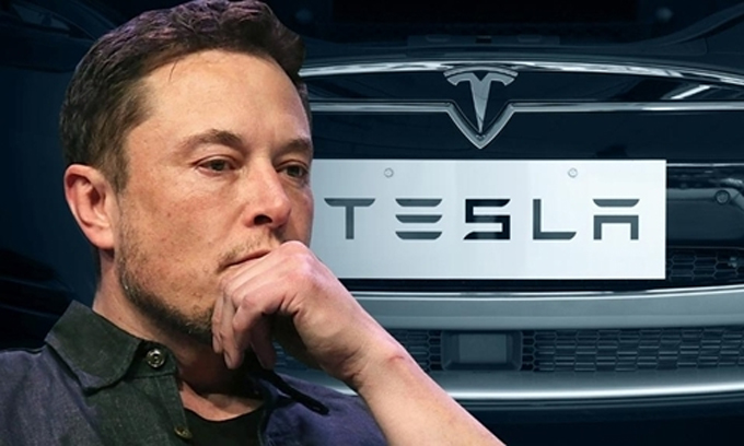 Elon Musk là CEO thứ tư của Tesla. Ảnh: TechSpot.