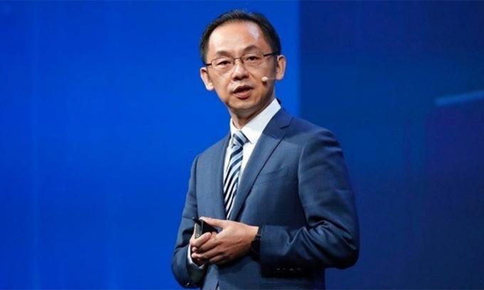 Ryan Ding, Chủ tịch Nhóm kinh doanh nhà mạng của Huawei,
