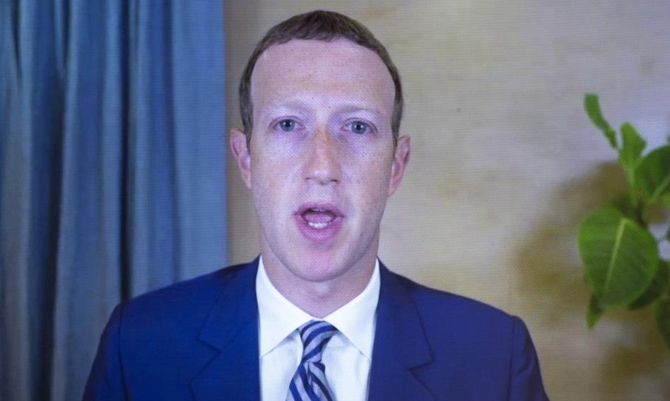 Zuckerberg điều trần trước quốc hội Mỹ hồi tháng 10/2020. Ảnh: AFP.