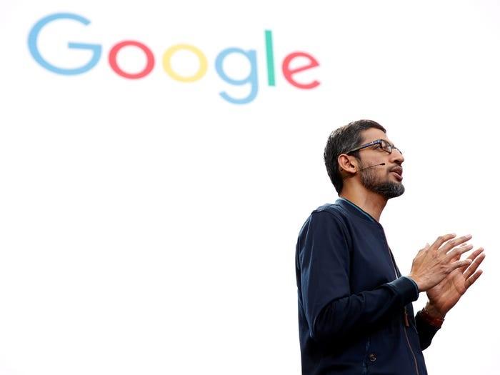CEO Google Sundar Pichai phát biểu trong một hội nghị dành cho các nhà phát triển. Ảnh: Reuters.