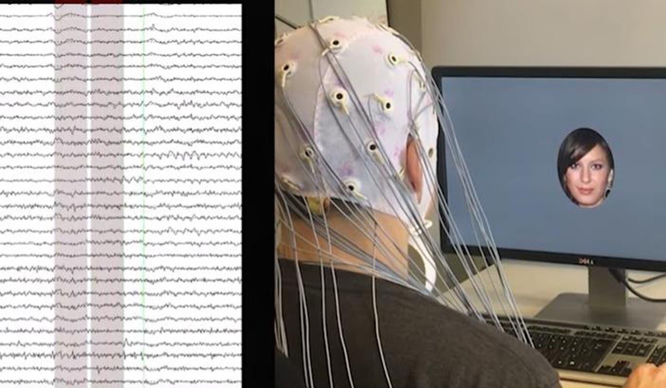 AI phân tích sóng não qua từng bức ảnh để phát hiện các đặc điểm khuôn mặt và tạo ra một chân dung mới mà người dùng thấy cuốn hút.