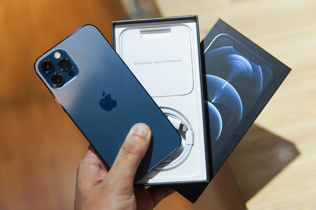 iPhone 12 có thể thành thế hệ iPhone bán chạy nhất từ trước đến nay Ảnh: Lưu Quý