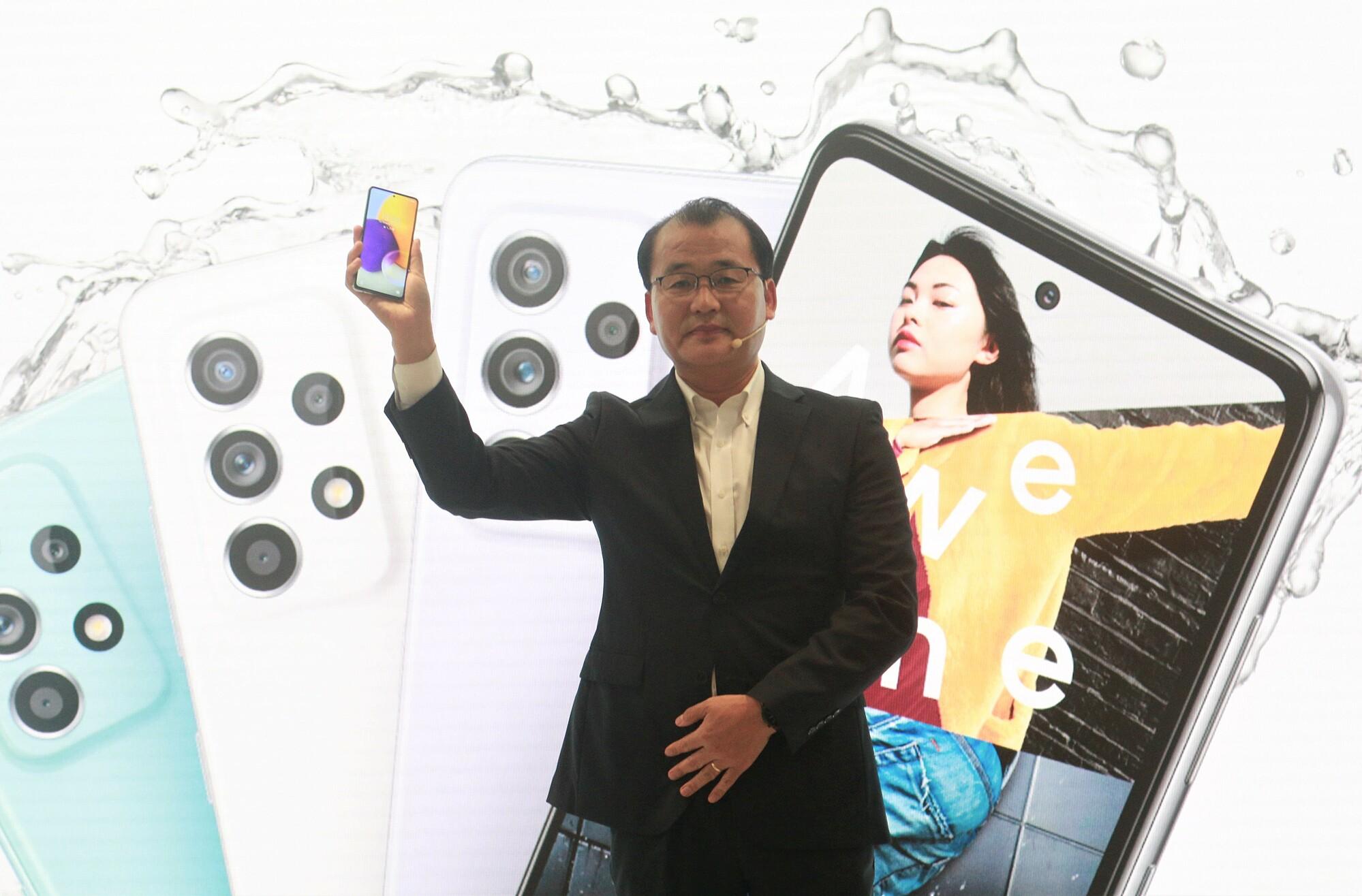 Theo ông Kevin Lee, Galaxy A mang trọng trách đột phá công nghệ để thể hiện trí sáng tạo, nâng tầm hiệu suất làm việc và tối ưu hóa kết nối cho phân khúc người dùng trẻ, giúp GenZ dẫn đầu trào lưu.