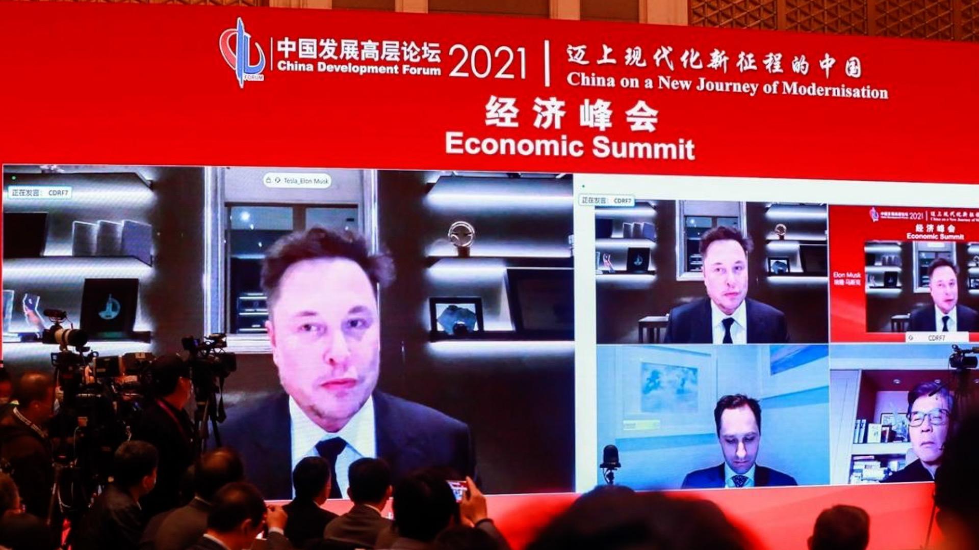Elon Musk xuất hiện trực tuyến trong một diễn đàn của Trung Quốc vào ngày 20/3.