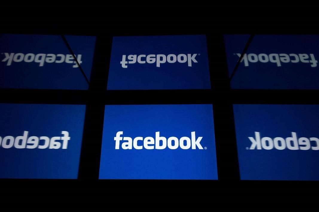 Facebook thường xuyên bị kiện vì ít có hành động ngăn chặn phát ngôn thù địch và thông tin sai lệch. Ảnh: AFP.