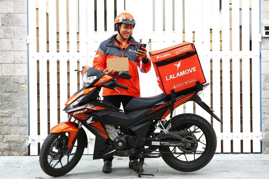 Người dùng còn có thể đặt lịch hẹn giờ tới lấy hàng với nhân viên của Lalomove tại TP HCM, Hà Nội và một số tỉnh lân cận.