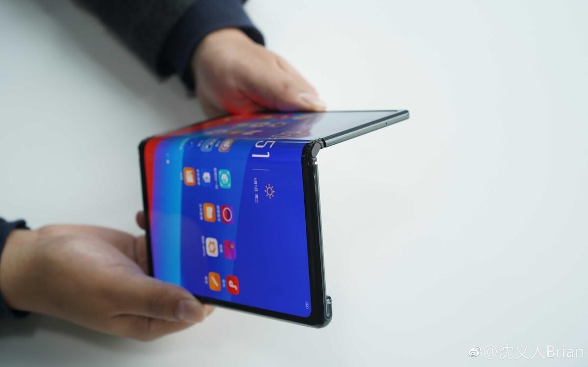 Oppo giới thiệu smartphone màn hình gập từ 2019 nhưng vẫn chưa bán ra trên thị trường. Ảnh: Weibo
