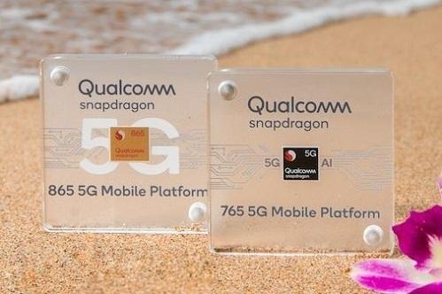 Qualcomm Snapdragon 765 tích hợp chip modem 5G dành cho smartphone trung cấp. Ảnh: Anand Tech.